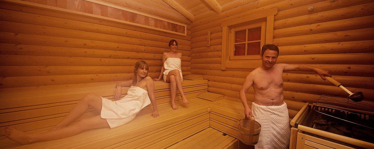 wellness der ferienwohnung fiss ladis die kinder ferienwohnung wandern haus sonnenterrasse. Black Bedroom Furniture Sets. Home Design Ideas